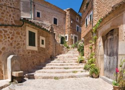 LUXURY MALLORCA HOLIDAYS - Get away from it all, in Mallorca